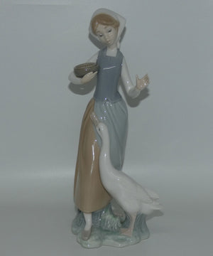 LLadro figure Girl with Duck #1052