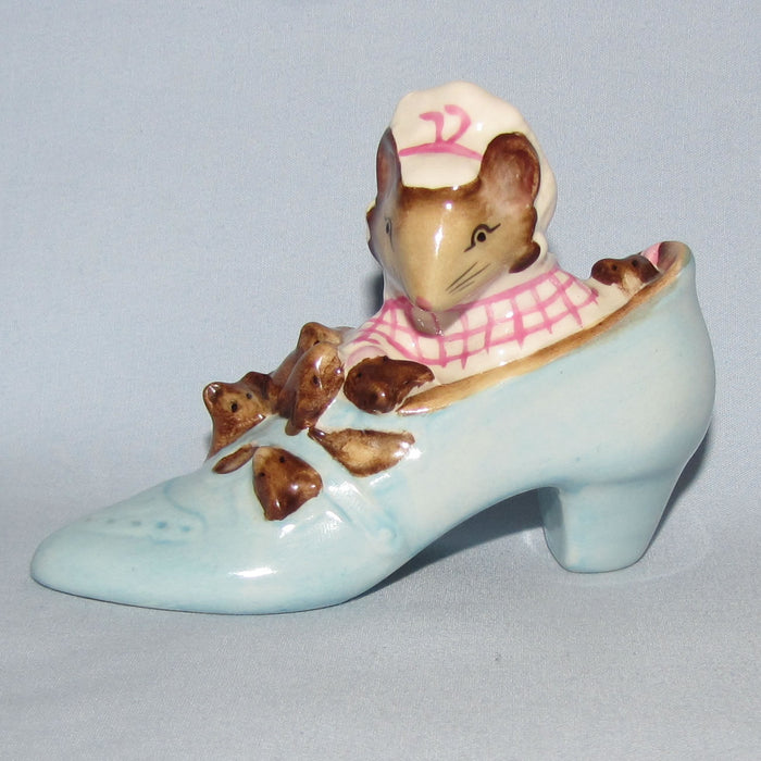Beswick Beatrix Potter The Old Woman who lived in a Shoe BP3b