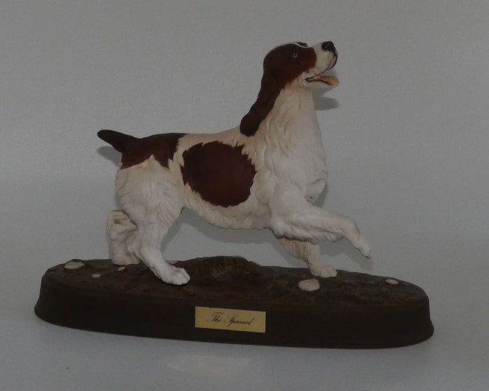 #2980 Beswick The Spaniel (Matt; Ceramic plinth)