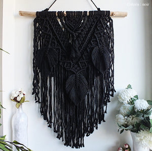 Handmade Macramé Hanna (handcrafted and customizable)