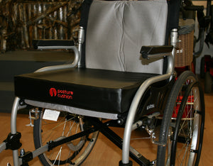 "Stando Wheelchair Seat Booster Cushion 18""/18""/2"" With Heavy Duty Waterproof Vinyl Cover"