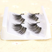 Load image into Gallery viewer, Magnetic Eyelashes Gift box - 4 magnets 6 styles $9.95 Free Shipping