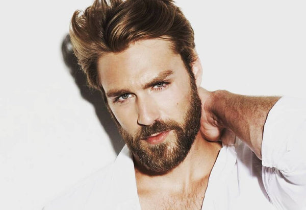 chris evans hair cut, chris evans facial hair, hair cut for a heart shaped face, mens hair styles