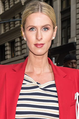 nikki hilton hair styles, celebrity hair style, sleek hair styles, oblong face shape, the best hair cut and color for you face shape, middle part updo
