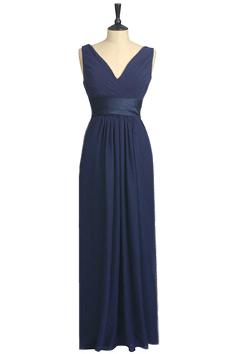 Perfect bridesmaid dress. V neck dress, flattering dress