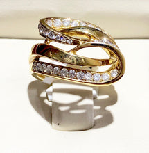 Load image into Gallery viewer, Women's Diamond Swirl Ring - Q&T Jewelry