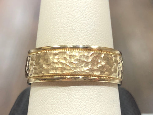 Men's 14k Yellow Gold 8mm Hammared and Milgrain Wedding Band - Q&T Jewelry