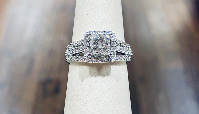 Princess Diamond Engagement Ring - Q&T Jewelry