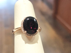 Garnet Oval Halo Ring - Q&T Jewelry