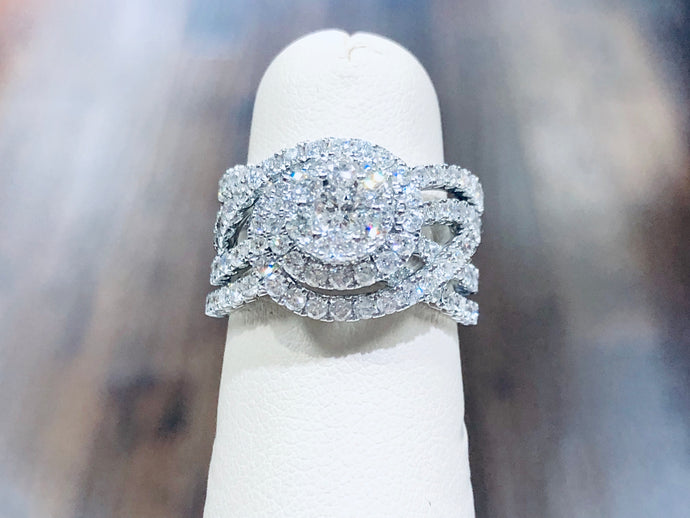 Women's Diamond  anniversary Ring - Q&T Jewelry