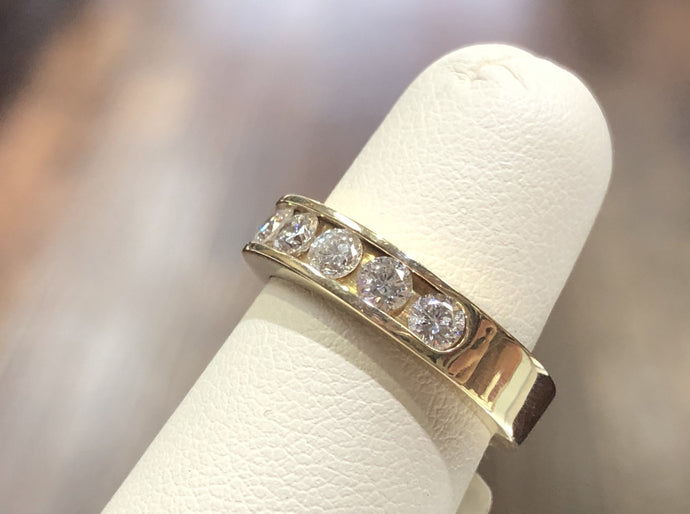 14kYellow Gold Band .90CT Diamond - Q&T Jewelry