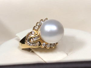 South Sea Pearl & Diamond Ring - Q&T Jewelry