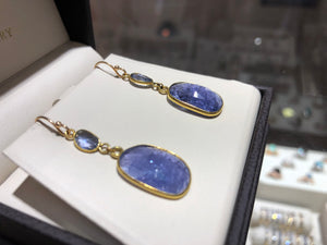 Tanzanite 14k dangle earrings - Q&T Jewelry
