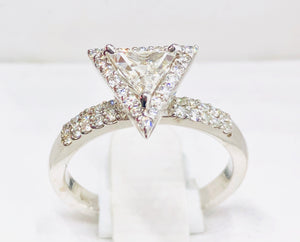 Triangle Diamond Engagement Ring - Q&T Jewelry