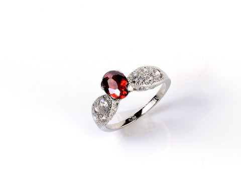 Fluttered Garnet Zircon Studded Silver Ring