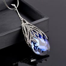 Load image into Gallery viewer, Waterdrop Pendant Necklace