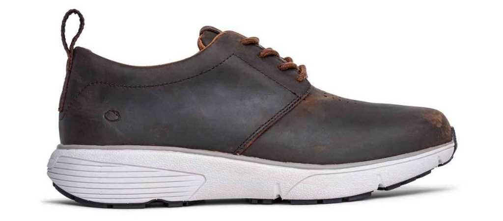dr comfort mens roger casual shoe right side view 1024 x 451