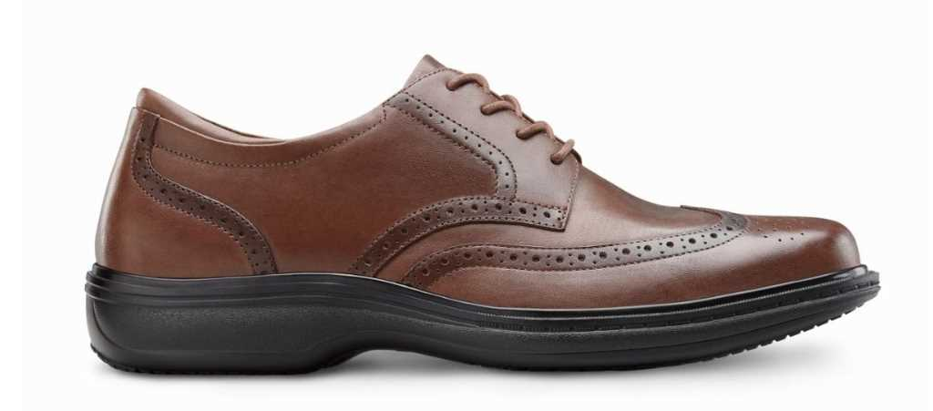 dr comfort mens chestnut wing dress shoe right side view 1024 x 451