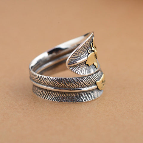 butterfly feather retro ring by Sugar Cola