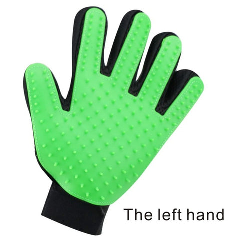 left hand green pet grooming gloves for cats, dogs and horses