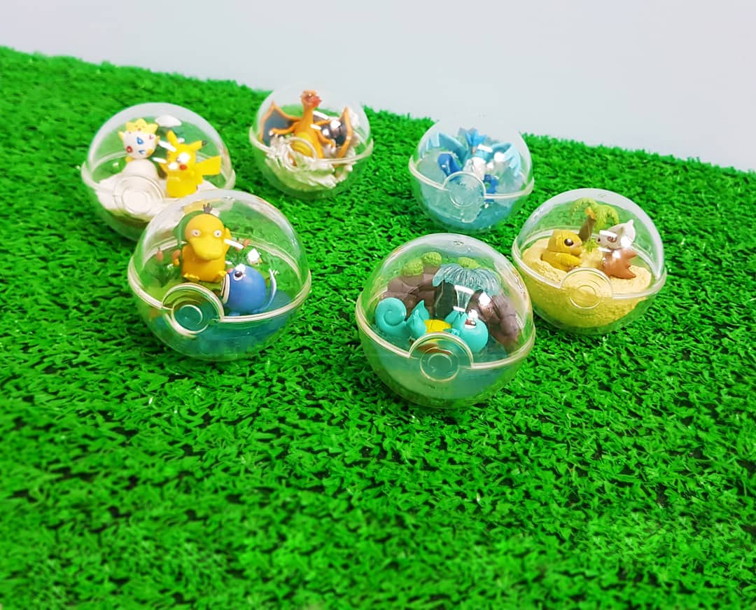 Pokemon Capsules!