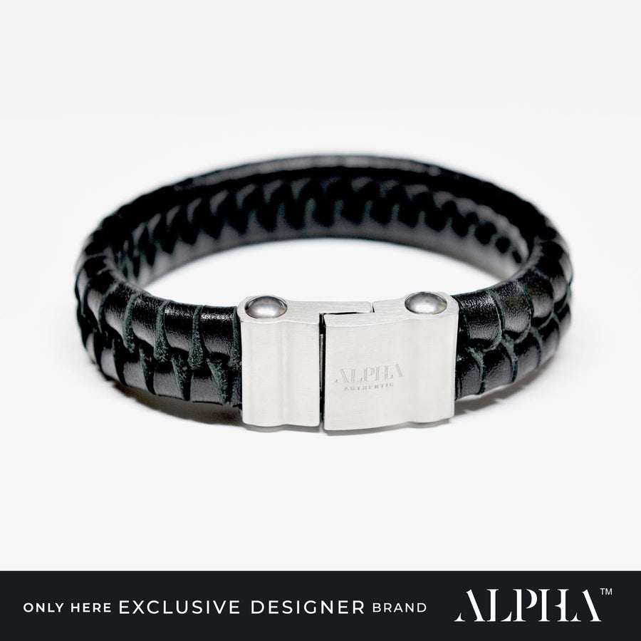 Dwayne Wide Leather Bracelet