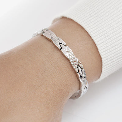 female magnetic bracelet in stainless steel