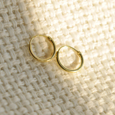 small 9mm gold hoop earrings