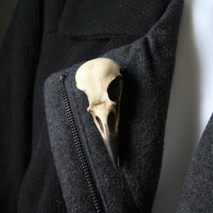 Crow skull pin - Replica resin bird skull brooch