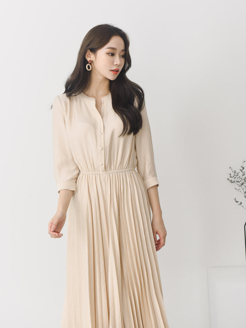 PLEATED MIDI DRESS, BEIGE - Trendy Fox Boutique