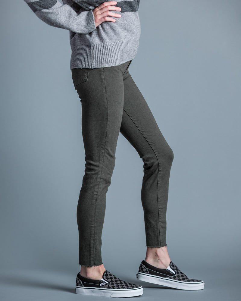FRAME -Le High Skinny Raw-Edge Jeans in Army Green - Trendy Fox Boutique