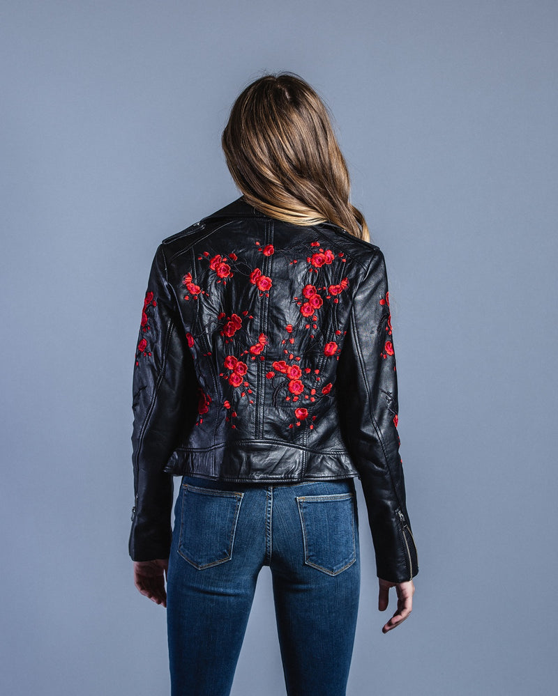 Donna Floral Jacket W/Embrod-Black <br> LAMARQUE - Trendy Fox Boutique
