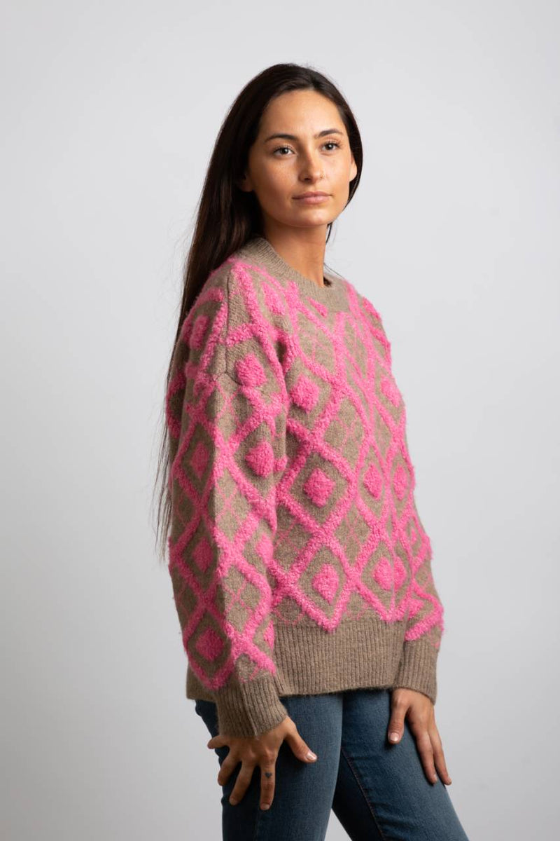 DIAMOND CABLE KNIT SWEATER - Trendy Fox Boutique