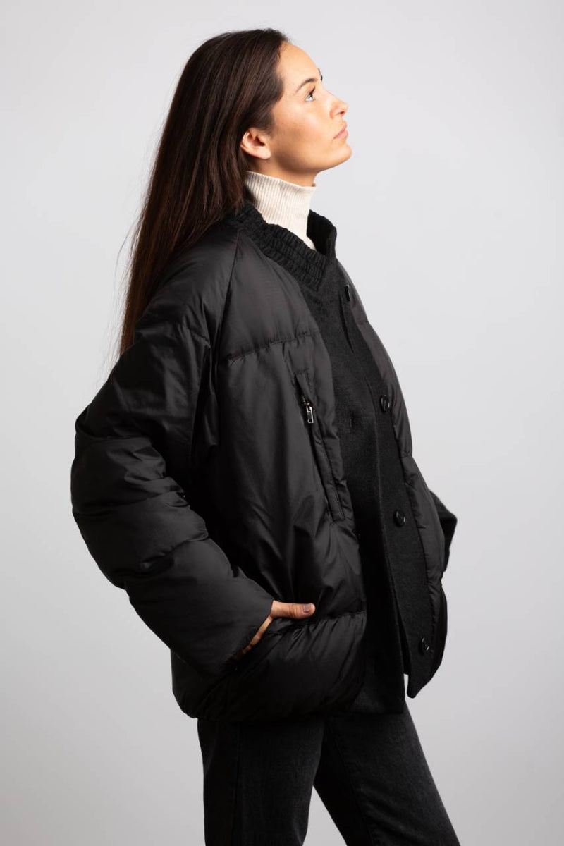 BLACK PUFFER JACKET - Trendy Fox Boutique