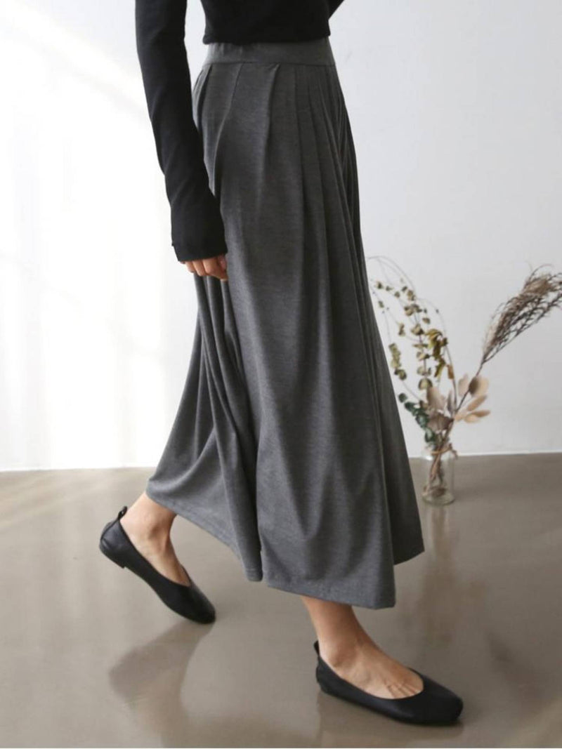 CHACHA PLEATED SKIRT IN DARK GREY - Trendy Fox Boutique