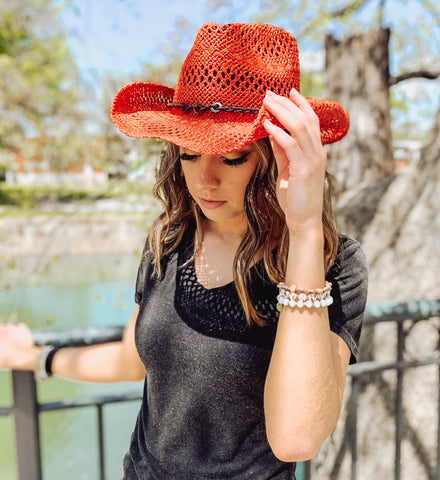 STRAW HAT BLACK BAND