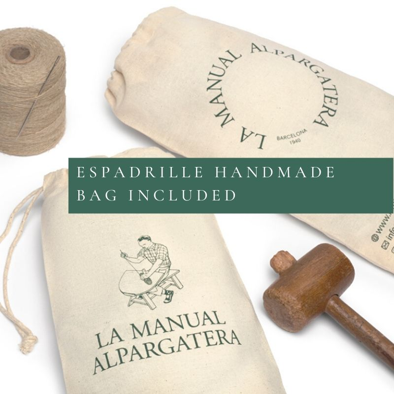 Handmade bag for your shoes | La Manual Alpargatera