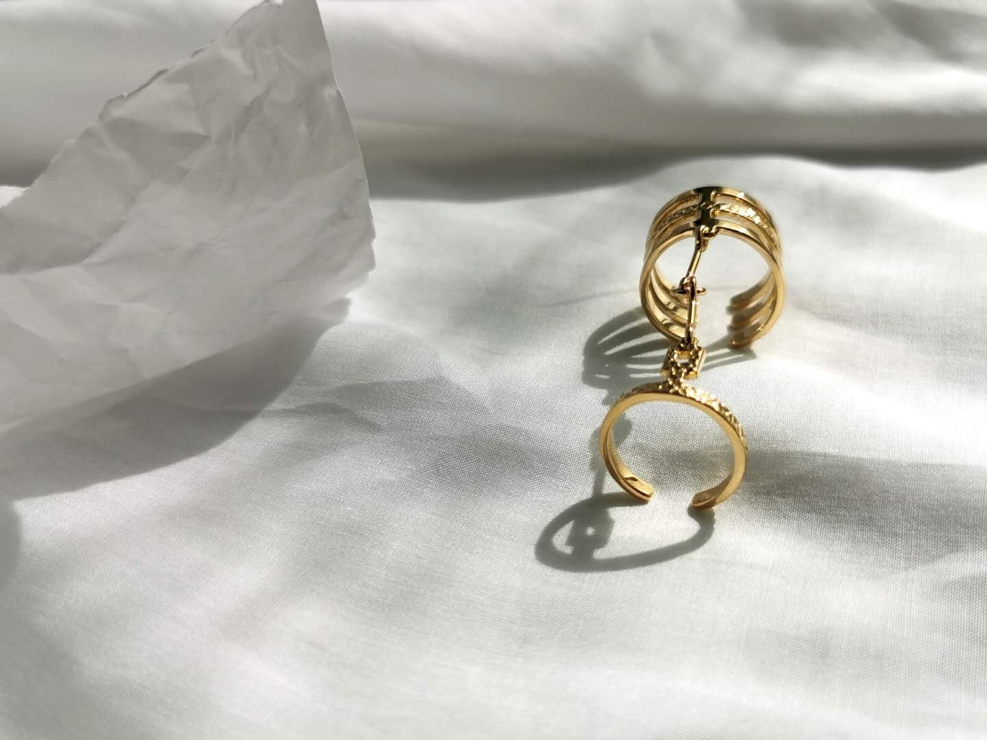 Leah Ring /\ Gold