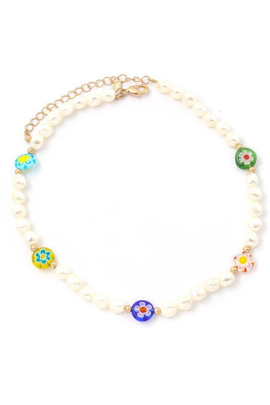 Floral Pearl Beaded Necklace