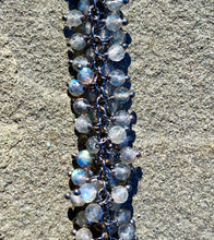 Load image into Gallery viewer, Tinsel Labradorite Choker