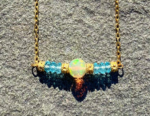 Load image into Gallery viewer, Opal Detail Necklace