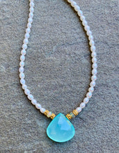 Load image into Gallery viewer, Opal Pearl Necklace