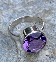 Load image into Gallery viewer, Amethyst Circle Ring
