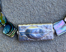 Load image into Gallery viewer, Abalone leaf bracelet