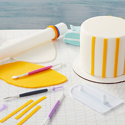 Wilton Fondant Tool Set, Intermediate, 15-Piece - White and Primary Color Fondant, Smoother, Rolling Pin, : Kitchen & Dining