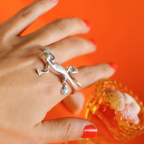 Vedasco lizard ring