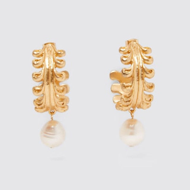Tropical Leaf Gold Pearl Earring