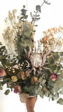 Beautiful, Dried Boho Flower Bunch || Native Bouquet