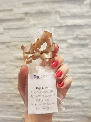 DP Dermaceuticals Sample Kit, Dry Skin (Starter Kit) från Dp Dermaceuticals. | SugarMe Esthetics