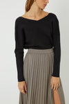 Friend Of Audrey / Sacha V Neck Knit Top / Black